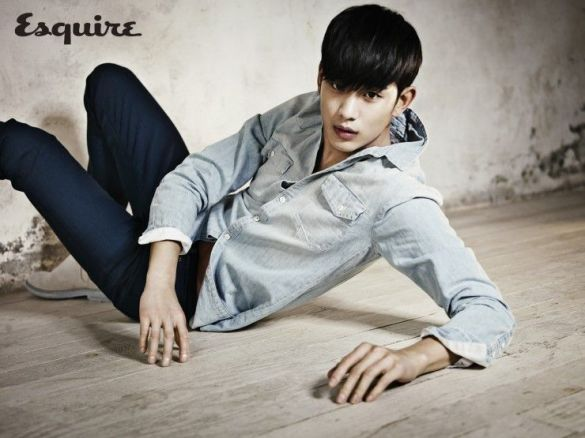 kim_soo_hyun_esquire_march_2014